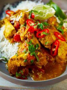 Low FODMAP and Gluten Free Recipe - Chicken dhansak curry http://www.ibssano.com/low_fodmap_recipe_chicken_dhansak_curry.html