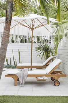 Harpers x Byron Collection — Adore Home Magazine Tropical Backyard, Backyard Patio, Outdoor Rooms, Outdoor Living, Outdoor Decor, Greenhouse Interiors, Parasols, Pool Furniture, Lounge Areas
