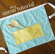Learn how to make a super easy but cute apron from three fat quarters with this free pattern and tutorial from Paige Ronchetti of Little Nostalgia.