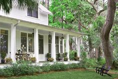 Classic Home - Home Bunch - An Interior Design & Luxury Homes Blog