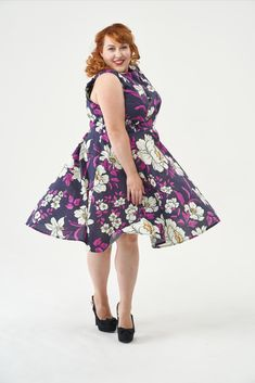 This vintage-style dress is an essential for lovers of Mad Men and the fifties alike. With a fitted bodice and full circle skirt, Betty is elegant for all figures, nipping you in at the waist and flaring out to create a beautiful silhouette. The dress fastens with an invisible zip down the centre back, has facings around the neckline and armholes. It's a classic look that will transport your wardrobe back in time. Betty Draper, Sew Over It, Full Circle Skirts, Vintage Style Dresses, Dress Sewing Patterns, Mad Men, Fitted Bodice, Classic Looks, Dress Making
