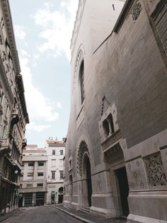 Trieste Synology Trieste, Notre Dame, Louvre, Building, Travel, Voyage, Buildings, Viajes, Traveling