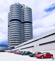 BMW Global Headquarters, Munich They hosted an event for Bmw E60, Bmw Cars, Munich, Skyscraper, Autos Bmw, Multi Story Building, Wallpaper, Travel, Sculptures