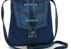Recycled Denim Purse – Re-using Pockets, Waistbands, Belt Loops from Jeans Diy Jeans, Diy Denim Purse, Denim Bags From Jeans, Jeans Pants, Jean Purses, Denim Handbags, Denim Ideas, Fabric Bags, Cotton Tote Bags