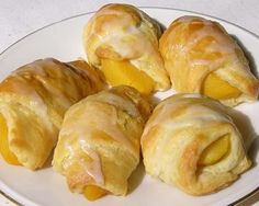 Easy Peach Turnovers - good way to use up a few overripe peaches with just a few ingredients.