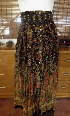Vintage 80s Button Front High Waist Floral Paisley by Calliopegirl, $46.00