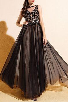 A-line/Princess Bateau Floor-length Tulle Evening Dress