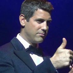 Séb is giving us all a thumbs up for May let's hope it will be a good month for everyone Thanks @petrak40 for sharing #sebsoloalbum #teamseb #sebdivo #sifcofficial #ildivofansforcharity #sebastien #izambard #sebastienizambard #ildivo #ildivoofficial #seb #sebintour #singer #band #musician #music #concert #composer #producer #artist #french #handsome #france #instamusic #amazingmusic #amazingvoice #greatvoice #teamizambard #positivefans