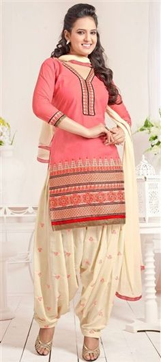 428843 Pink and Majenta  color family Cotton Salwar Kameez, Party Wear Salwar Kameez in Cotton fabric with Lace, Machine Embroidery, Resham, Thread work .