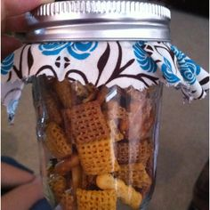 My brother and family went to a Western Wedding and these were the party favors. Great idea for letting people snack while you are doing pictures.