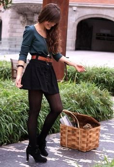 Love this entire outfit! I'd wear the whole thing! Someone go shopping with me to help me find this outfit! Grunge Look, Grunge Style, 90s Grunge, Soft Grunge, Love Fashion, Autumn Winter Fashion, Womens Fashion, Fashion Trends, Winter Chic