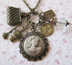 Personalized Cameo necklace, by romanticcrafts  #cameo-necklace#handmade#vintage-style#crafts