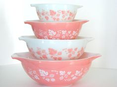 Vintage Pyrex Gooseberry Pink Cinderella Bowl via @etsy