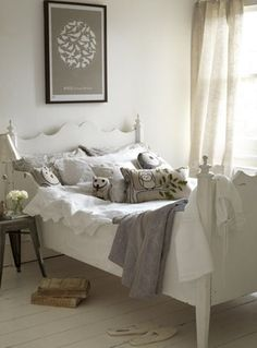 sweet + simple neutrals for a child's bedroom