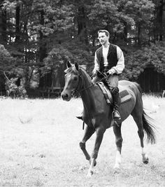 James McAvoy! He is riding a horse!!!!! Ahhhhh