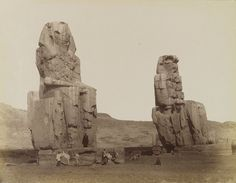 The Colossi of Memnon (known to locals as el-Colossat or es-Salamat) are two massive stone statues of Pharaoh Amenhotep III, who reigned during Dynasty Ancient Egyptian Statues, Egyptian Pharaohs, Egyptian Temple, Egyptian Art, Ancient Artifacts, Amenhotep Iii, Luxor, Brooklyn Museum Of Art, Unexplained Phenomena