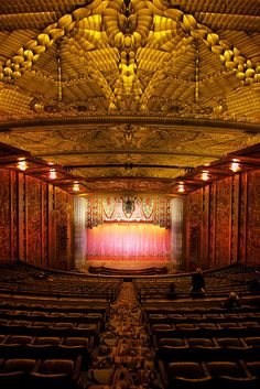 Paramount Theatre in Oakland, CA