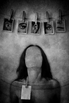 Aqua Regia, Scary Photos, Art Sketchbook, Photo Manipulation, Art Inspo, Photo Wall, Drawings, Frame, Oscar Wilde