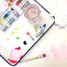 Use Pentel water colors to create your own DIY gift tags. Take some inspiration from @thimblepress!