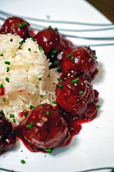This is one super quick, flavorful and Spicy Cranberry Glaze that incorporates fresh ginger, orange, serrano pepper for a little kick and apple cider vinegar. A quick sauté and then blended, it thickens, coats and adds so much cranberry goodness to any meatball.