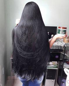 This girl is probably 28 years old Long Dark Hair, Long Layered Hair, Very Long Hair, Braids For Long Hair, Beautiful Long Hair, Gorgeous Hair, Silky Smooth Hair, Long Hair Video, Rapunzel