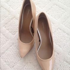 """Express Classic Nude Patent Pumps Classic pointed toe patent pumps, super sexy! Only worn a handful of times and in excellent condition. 4"""" heel. Express Shoes Heels"""