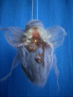 Baby Angel Winter Needle felted by RaduraIncantata on Etsy, €11.80. Radura Incantata [Italy] - https://www.etsy.com/shop/RaduraIncantata #winterangel #angel #winter #feltangel
