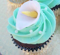 Tiffany blue cupcake design by Contessa Catering