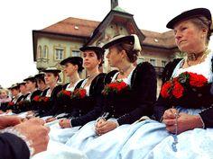 "Traditional ""Leonhardiritt"" in Bad Tölz, © Tölzer Land Tourismus #Miesbach"