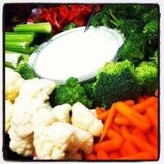 Veggie Platter with dip from in Neighborhood Party, Georgetown Tx, Veggie Platters, Central Texas, Personal Chef, Wedding Catering, Banquet, Broccoli, Cauliflower