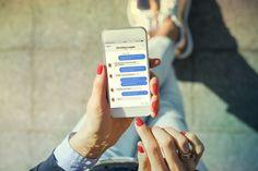 Kedy ste si naposledy skontrolovali zabezpečenie vášho profilu na Facebooku? Pokiaľ neviete, ako na to, v nasledujúcich riadkoch vás to naučíme. Sales And Marketing, Social Media Marketing, Digital Marketing, Marketing News, Online Marketing, Instant Messaging, Beauty Companies, Facebook Users, Business Pages