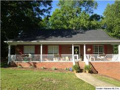 Lovely move in home on a large corner lot! #realestate #bham