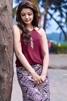 Kajal Agarwal Latest Cute & Sexy Stills In a Beach. - Page 2 Beautiful Bollywood Actress, Most Beautiful Indian Actress, Beautiful Actresses, Kajal Agarwal Saree, South Indian Actress, South Actress, Indian Celebrities, Indian Designer Wear, India Beauty