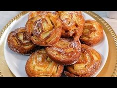 Take 3 apples and make this DELICIOUS recipe! VERY EASY and VERY GOOD! - YouTube Pastry Recipes, Cake Recipes, Sweet Roll Recipe, Fried Apples, Party Desserts, Rolls Recipe, Sweet Bread, Apple Recipes, Brunch