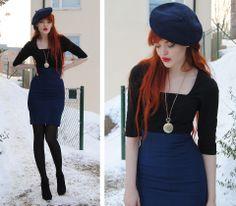 High high waist skirt - awesome.