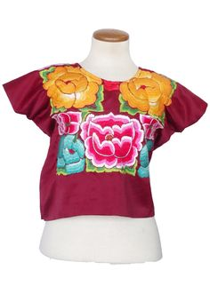Shop handmade Guatemalan & Mexican blouses and tops. Peasant blouses, San Antonino blouses, and vintage huipiles. Mexican Flowers, Mexican Blouse, Peasant Blouse, Handmade Shop, Hand Weaving, Clothes For Women, Floral, Cotton, Vintage
