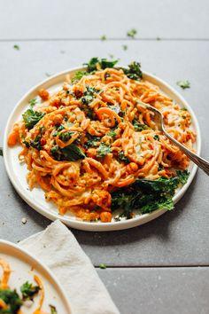 AMAZING Garlicky Sweet Potato Pasta with Crispy Kale! 8 ingredients required! #vegan #glutenfree #sweet potato #pasta #healthy #recipe #minimalistbaker Cooking, Noodles