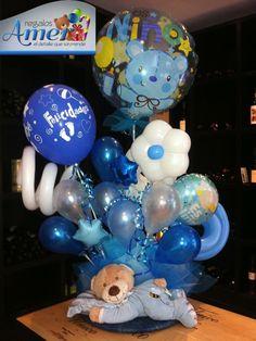 """Recibiendo al bebé,  """"Muchas Felicidades"""",  Envío a domicilio. Regalos Amer. 5524 6977. Balloon Box, Balloon Display, Balloon Gift, Balloon Bouquet, Birthday Centerpieces, Balloon Centerpieces, Balloon Decorations, Baby Shower Decorations, Baby Boy Balloons"""