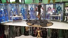 My Hot Toys Collection Sideshow Iron Man Star Wars Astromech Bumbl. Hot Toys Iron Man, R2 D2, Male Figure, Sideshow, Dragon Ball, Star Wars, Stars, Collection, Sterne