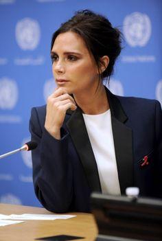 « C'est pour moi le début d'un parcours important », a déclaré Victoria Beckham http://www.elle.fr/People/La-vie-des-people/News/Victoria-Beckham-nommee-ambassadrice-de-l-ONUSIDA-2816418