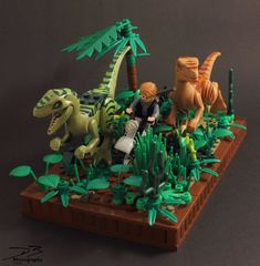 Here is my version of the (in)famous last scene of the Jurassic World Trailer. Jurassic World - Riding with Raptors (Lego) Lego Dinosaurus, Legos, Lego Zoo, Lego Jurassic Park, Lego Universe, Lego Sculptures, Lego Pictures, Lego Bedroom, Lego Construction