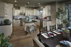 Encore Dining Room & Kitchen Design 2