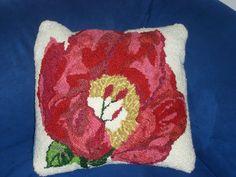 Die Mohnblüte für den blauen Sessel