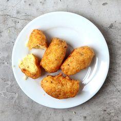 Padang-Style Mashed Potato Fritters (Perkedel Kenteng)