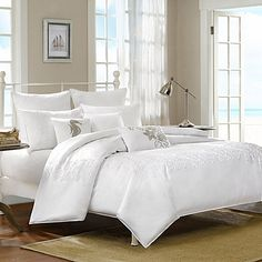 Like a billowy white cloud drifting across the sky, the Harbor House Sarah Duvet Cover fills your bedroom with quiet serenity. This beautiful duvet cover features ivory cord embroidery with creative coral and starfish details for a soothing coastal touch.