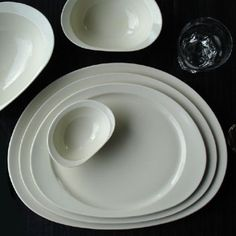 Bente Hansen, tableware - Distinction for Stelton 2004 Ivory white porcelain