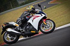 Honda CBR250R #umamotopordia #osvaldofuriatto