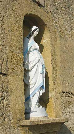 Cornillon-Confoux Vierge enceinte