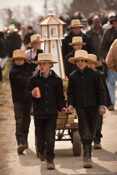Image Detail for - Amish Community Holds Its Annual Mud Sale