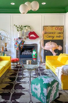 Your go-to guide for maximalism made simple. Easy steps and adds to create a gorgeous, layered look -- without breaking the bank. Living Room Furniture, Living Room Decor, Colored Ceiling, Ceiling Color, Mantle Styling, Interior Decorating, Interior Design, French Interior, Colourful Living Room